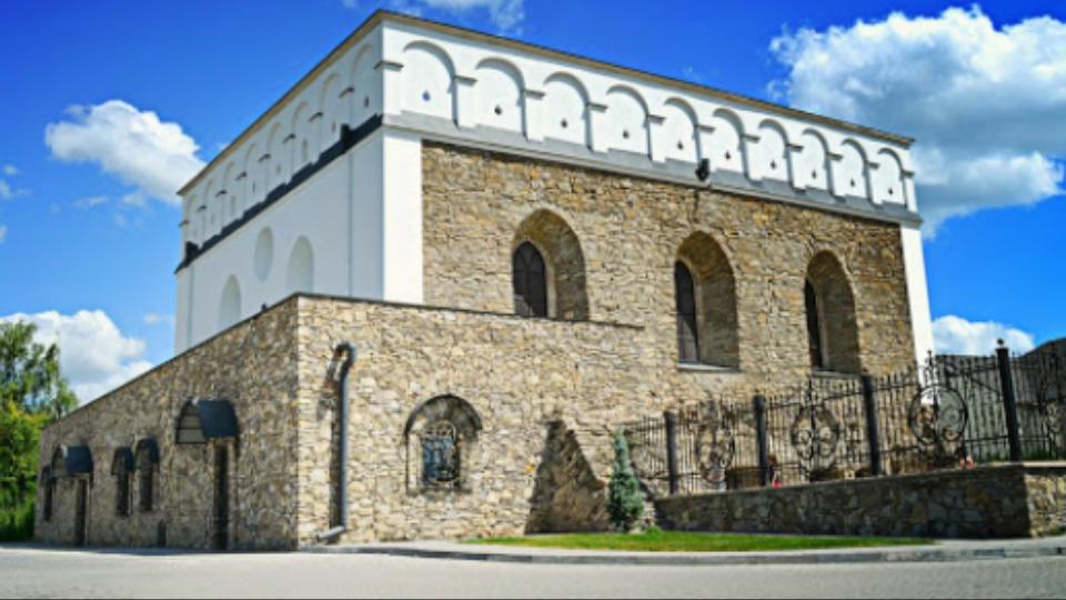 סטנוב – בית הכנסת העתיק